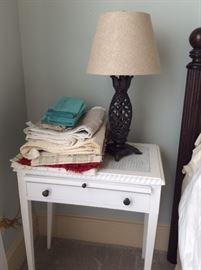 Accent table and lamp