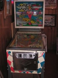 Vintage  1974 Bally Twin Win racing pinball machine.  Less than 1600 produced!!  Great graphics!