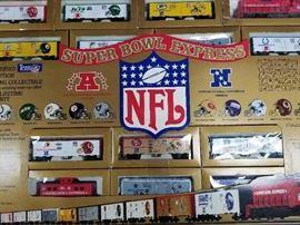 HO Scale NFL Super Bowl Train Fully Functioning Se ...