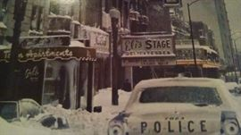 VINTAGE 70'S CHICAGO BLACK & WHITE PRINT...CHECK OUT THE COOL CARS!!