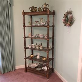 Display shelf with small collectibles