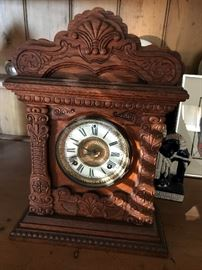 American Oak Case Mantle Clock