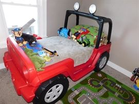 KIDS JEEP BED