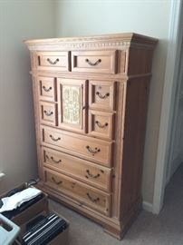"Very nice vintage ""chester"" drawers"