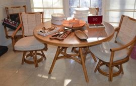 Bamboo / rattan table & 4 chairs