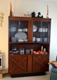 great Mid-Century China Cabinet!
