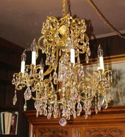 Beautifully crafted chandelier!
