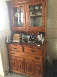 Hutch ( needs some glass repair