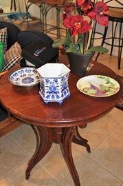 furniture antique table