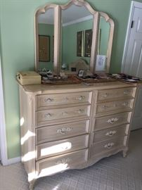 5 of 5 pieces to bedroom set. Dresser with mirror