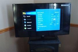 Samsung newer 46 inch HDTV.