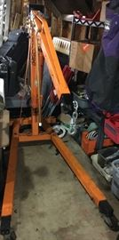 Central Hydralics 2 ton jack / Engine Hoist