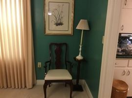 Chair to dining room set, small table & lamp