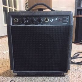 Fender SP-10 Amplifier  http://www.ctonlineauctions.com/detail.asp?id=676507