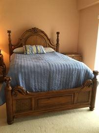 Queen size bed & mattress
