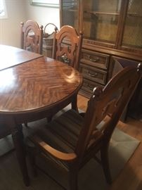 Basset dining room table, 6 chairs.  Presale $450