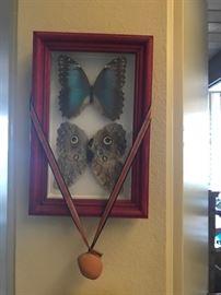 Butterfly wall mount