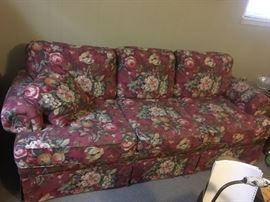 BEAUTIFUL FLORAL SOFA A DIVISION OF LAZY BOY