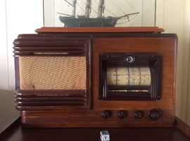 Pilot shortwave radio.