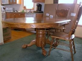 Oak Dinning Table