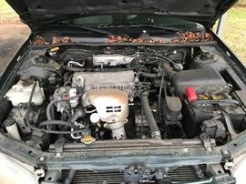 1999 Camry engine view