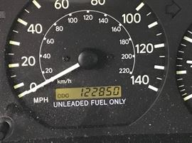 1999 Toyota Camry odometer reading