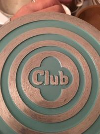 Club Turquoise blue aluminum cookware, in great like new condition! 9 piece set.