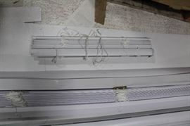 lot of 6 open box Blinds