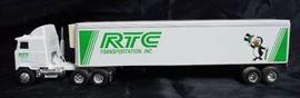ERTL Die Cast Replica - 1/64 MACK Ultra-Liner w/ S ...
