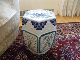 Boston Interiors Ceramic End Table.