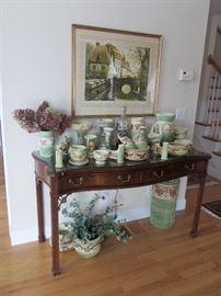 Roseville Donatello Cherub Collection