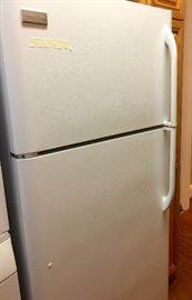18.2 frigidaire...perfect...immaculate