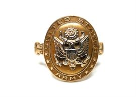10K GOLD U.S. ARMY WWII SWEETHEART RING