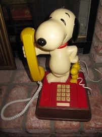 Snoopy and Woodstock phone