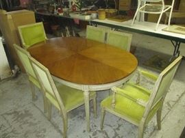 Kindel dining room table, 6 chairs and three leaves