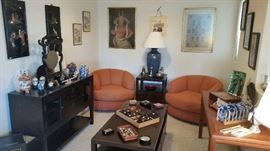 Great furniture throughout the house, all in great shape!  Nice Asian pieces.