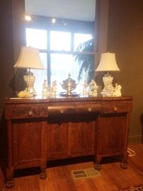 1800's sideboard     pair of lamps from Italy