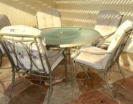 Round Patio Table w/ built-in Lazy Susan, 5 Arm Chairs