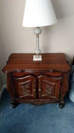 Buy nightstand sold.    Lamp $20