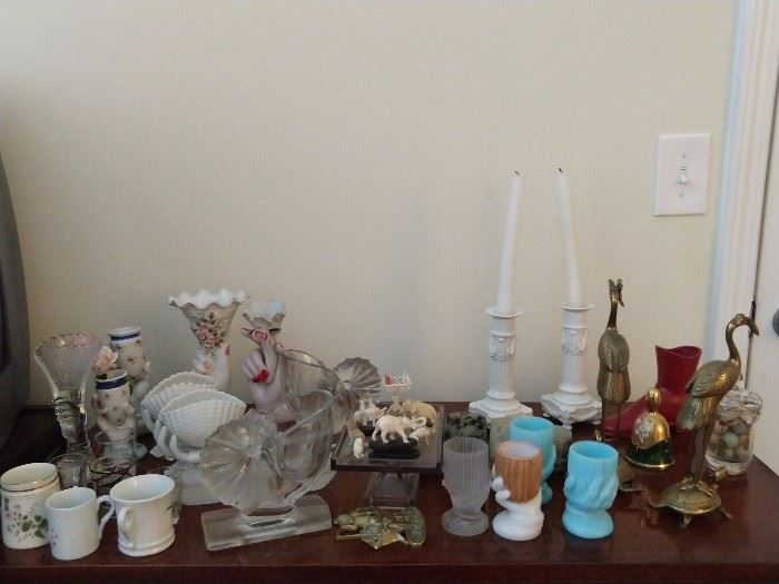 Nice collection of vintage Fenton glass torch vases.