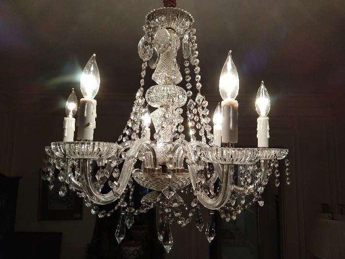 Lovely 6-Arm crystal chandelier