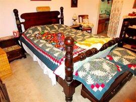 Bennington Pine Queen Bed