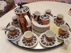MidMod tea set with luncheon plates, cups/saucers by Rosenthal, HILTON pattern