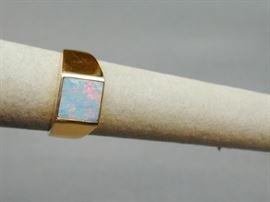 14k Opal Ring Size 7.25