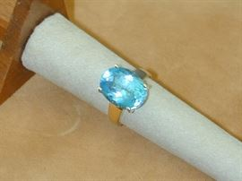 Blue Topaz 10k Ring - Size 7
