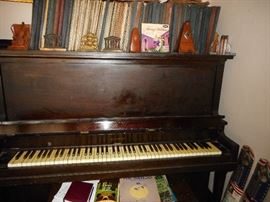 Vintage Piano. Classical Records