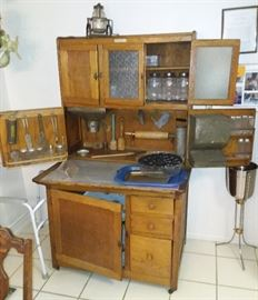 Complete Hoosier Cabinet (Will not separate pieces)