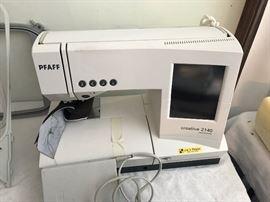 PFAFF Creative 2140 Computerized Sewing Machine