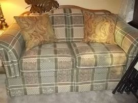 beautiful oak trimmed lazyboy love seat like new