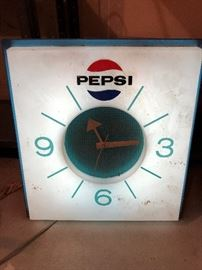 Vintage Light Up Pepsi Clock
